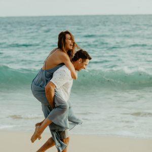 002-honeymoon-photography-fiji-kama-catch-me